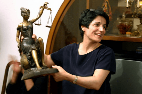 Iran: Prominent human rights lawyer Nasrin Sotoudeh arrested